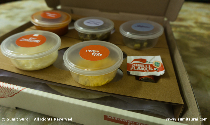 Pomodoro Pizza Kit - The toppings in cute little containers