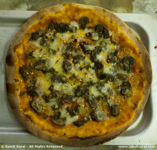 Pomodoro Marinated Mushroom Pizza - Ready to eat