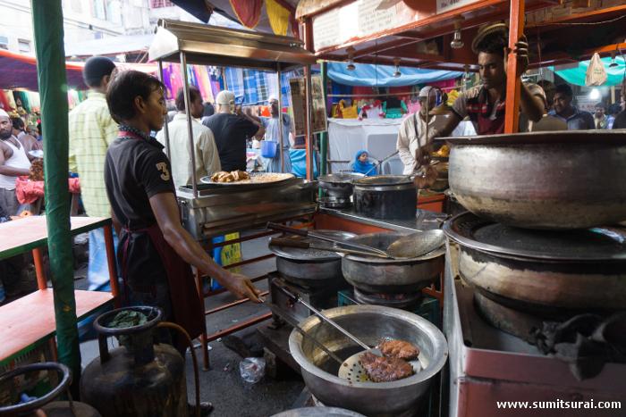 Mahi Akbari being fried at Taskeen