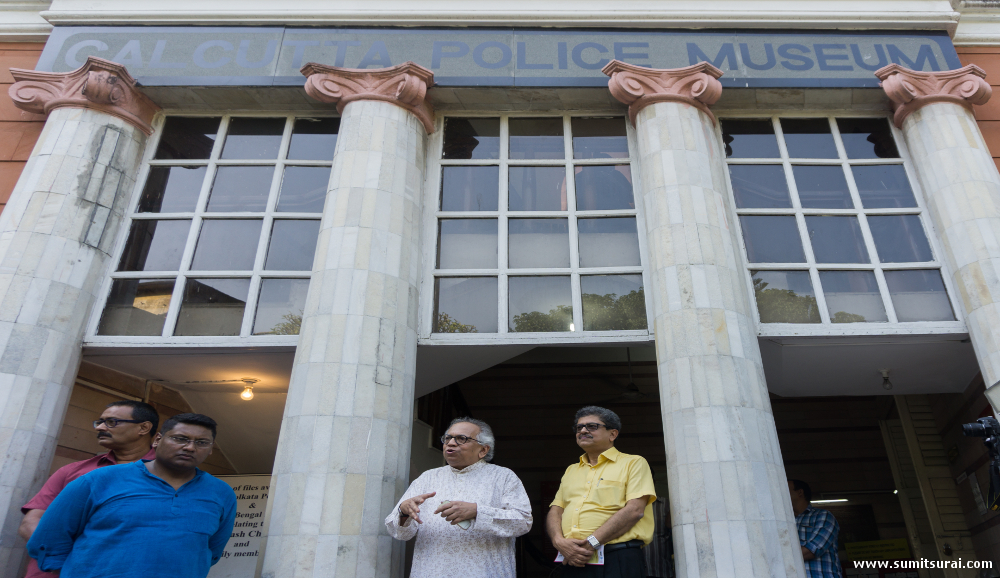 Eminent writer Ranjan Bandopadhay (in white) giving an introduction in front of the Calcutta Police Museum