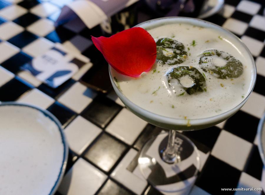 Tandoori Narang Martini